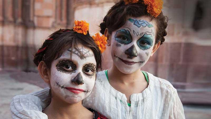 Master Class: Día de los Muertos Stage Makeup